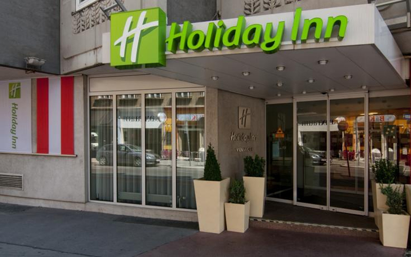 Hotel Holiday Inn (former  Accadia)
